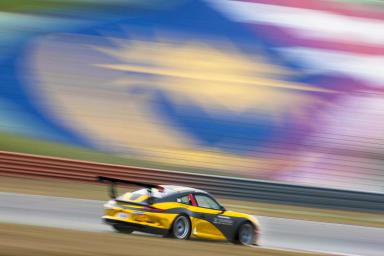 Ragginger and van der Drift grab pole apiece in Sepang