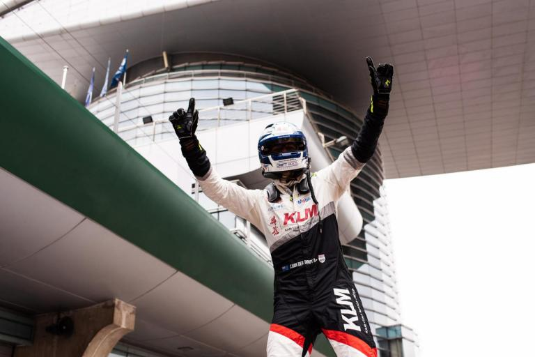 Van der Drift becomes series' first-ever three-time champion after spectacular Shanghai finale